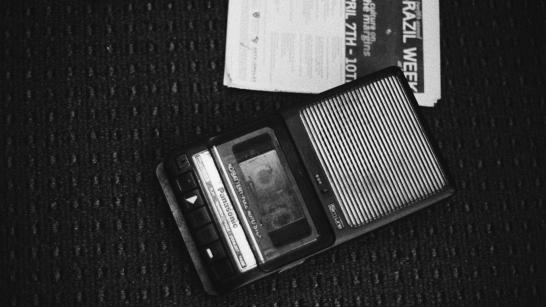 """Fotograma (Still) de """"Chacal: Proibido Fazer Poesia"""". Ópera de Pássaros 4"""